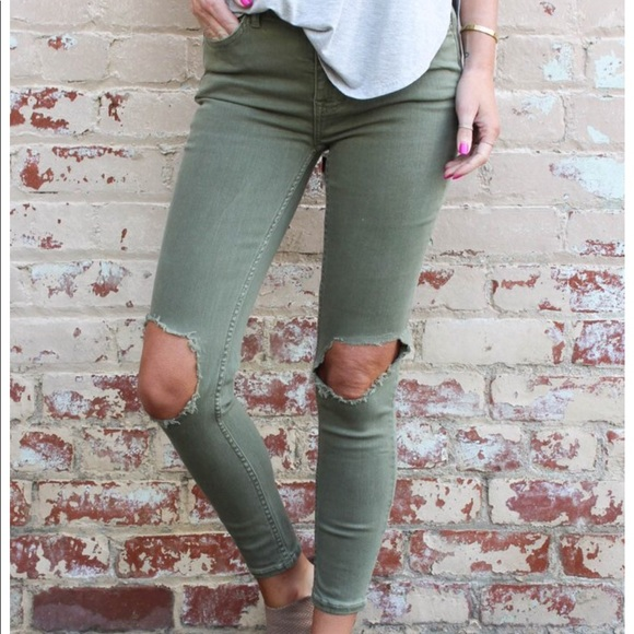 f031b71df Free People Jeans | Busted Knee Moss | Poshmark
